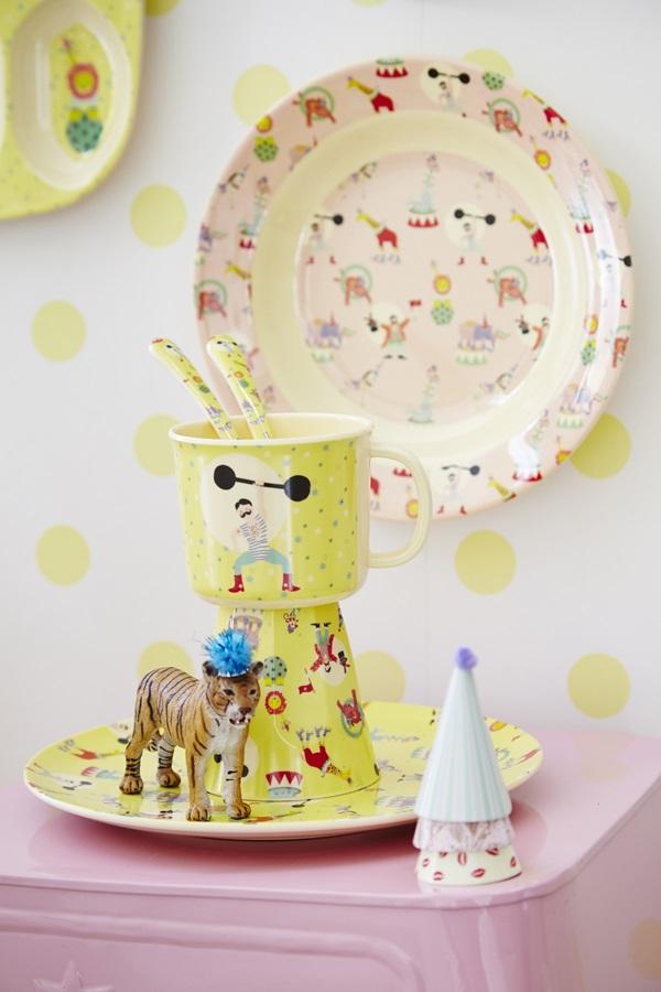 Otroška skodelica z ročajem iz melamina - rumen cirkus